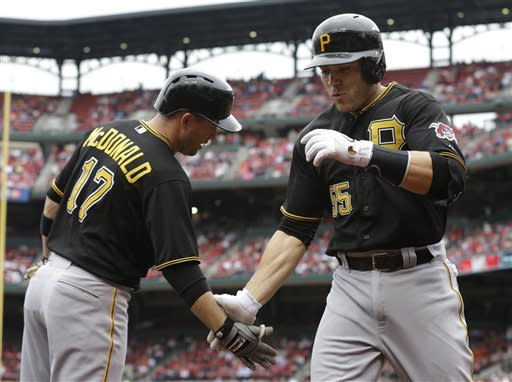 Locke muffles Cardinals in Pirates' 9-0 win