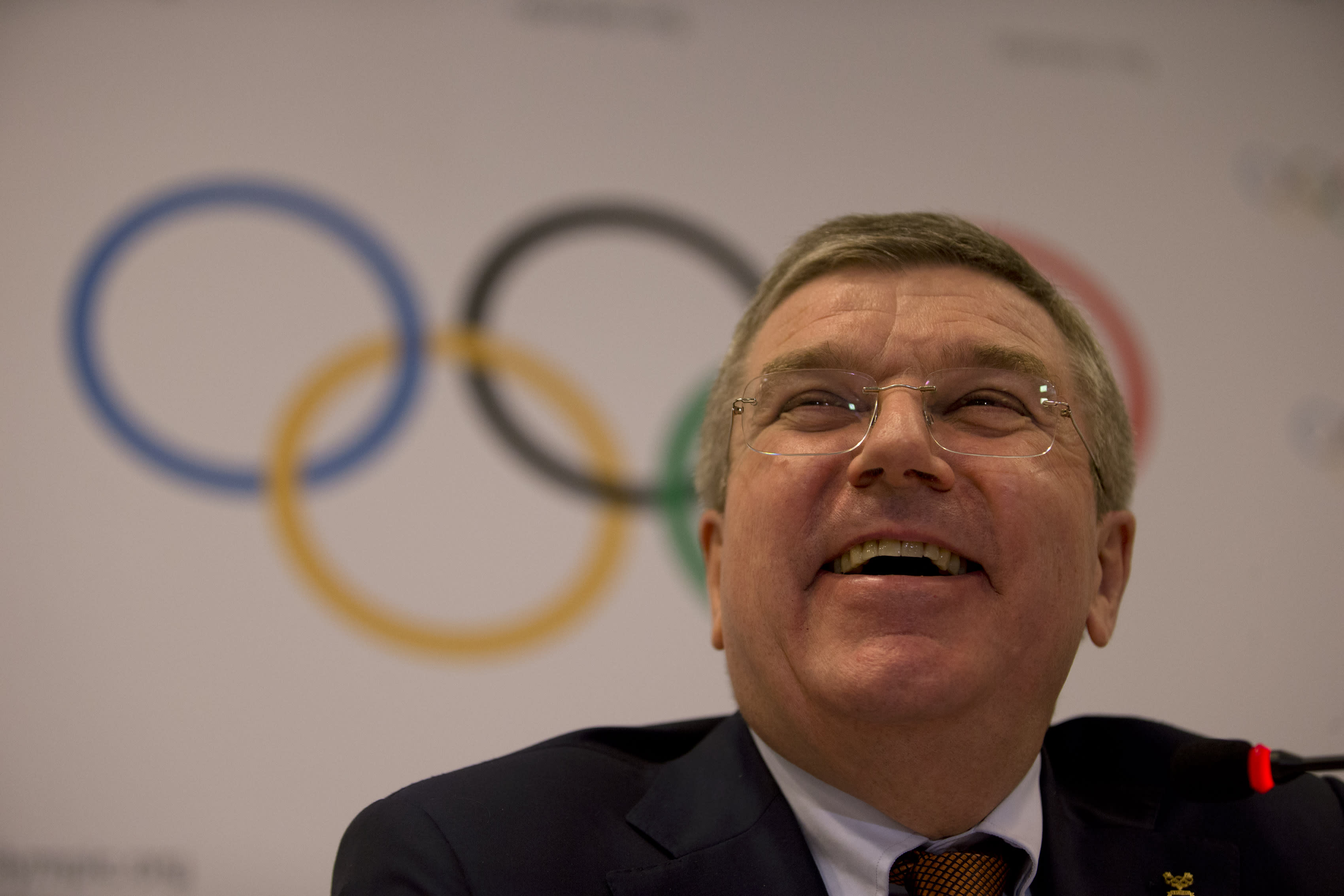 IOC takes new steps to mourn the dead during Olympics