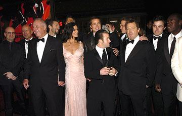 Premiere: Director Steven Soderbergh, Bruce Willis, Producer Jerry Weintraub, Vincent Cassel, George Clooney, Catherine Zeta-Jones, Brad Pitt, Scott Caan, Matt Damon, Eddie Izzard and Casey Affleck at the Hollywood premiere of Warner Bros. Ocean's Twelve - 12/8/2004