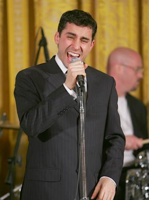 "FILE - In this June 12, 2006 file photo, John Lloyd Young, who won a Tony award for his role in the ""Jersey Boys,"" sings in the East Room at the White House for first lady Laura Bush during the Senate Spouses Luncheon.  Lloyd will rejoin the Broadway show from July 3 through Sept. 30. (AP Photo/Ron Edmonds, file)"