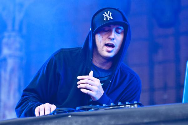 Pretty Lights Hopes to Bridge Gap Between EDM and Hip-Hop