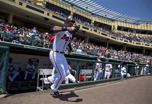 Simmons homers for Braves in win over Astros
