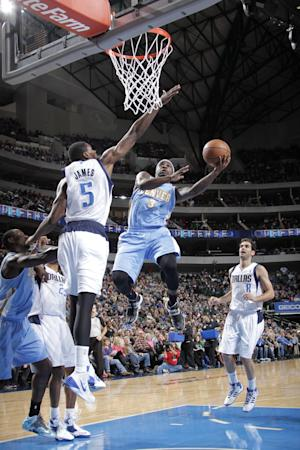 Lawson, Robinson lead Nuggets past Mavs 110-96