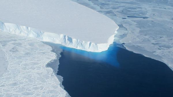 NASA's IceBridge Mission Spies on Antarctic Ice