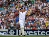 Graeme Smith scored a century as South Africa made good progress on the third morning