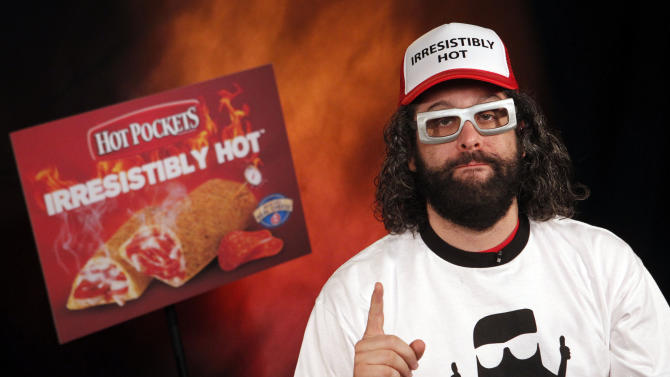 """IMAGE DISTRIBUTED FOR HOT POCKETS - """"30 Rock"""" star Judah Friedlander talks about his hilarious commentary in response to Snoop Dogg's viral video for HOT POCKETS® brand sandwiches, """"Pocket Like It's Hot,"""" on Friday, Oct. 26, 2012 in New York.  To see Judah's video go to Facebook.com/HotPockets. (Photo by Jason DeCrow/Invision for Hot Pockets/AP Images)"""