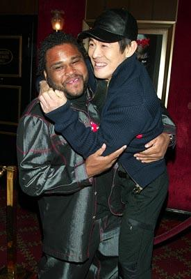 Anthony Anderson and Jet Li at the New York premiere of Warner Brothers' Cradle 2 The Grave