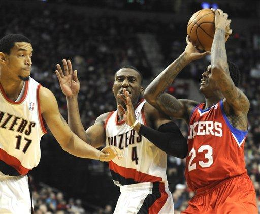 Aldridge leads Trail Blazers over 76ers