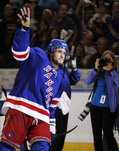Rangers hold off Caps 2-1 in Game 7