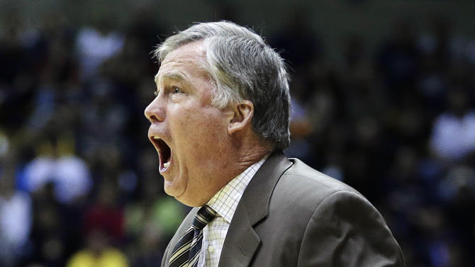 California head coach Mike Montgomery yells from the sidelines during the first half of an NCAA college basketball game against Southern California, Sunday, Feb. 17, 2013, in Berkeley, Calif. (AP Photo/Ben Margot)