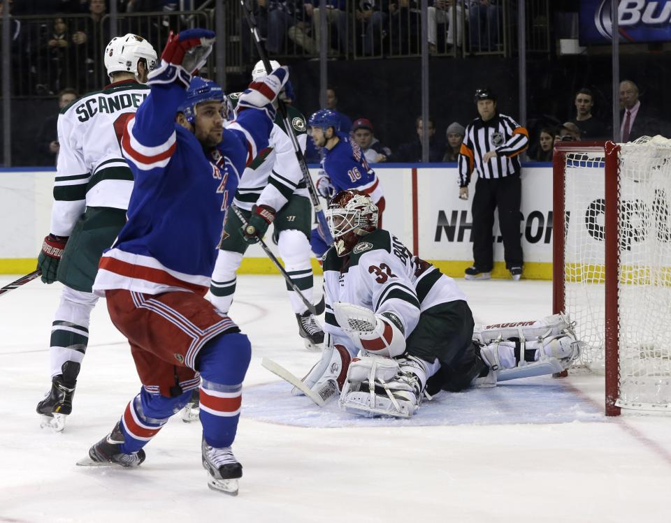 Rangers use big 2nd period to beat Wild 4-1