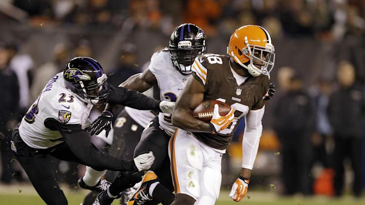 Browns' Little says he was choked by Ravens player