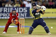 Mark Pettini hit three sixes in a thrilling 111 in Essex victory