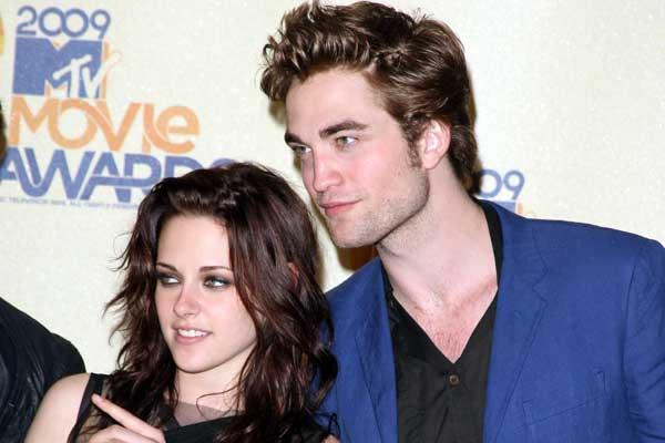 Robert Pattinson, Kirsten Stewart