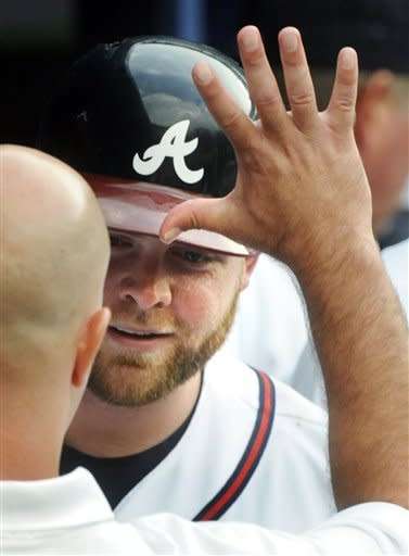 Braves win 7th straight behind Medlen, McCann