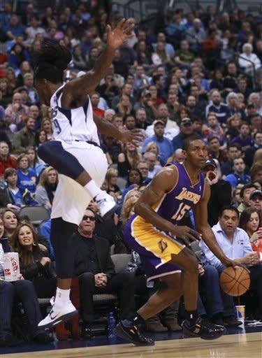 Lakers start hot, roll past Mavericks, 115-89