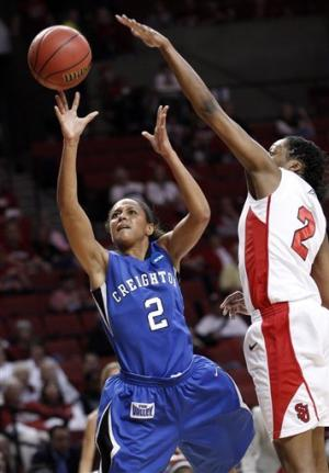 St. John's women edge Creighton 69-67 in NCAAs