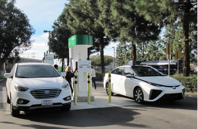 Tax Credit For Hydrogen Fuel-Cell Vehicles Expires As Congress Adjourns