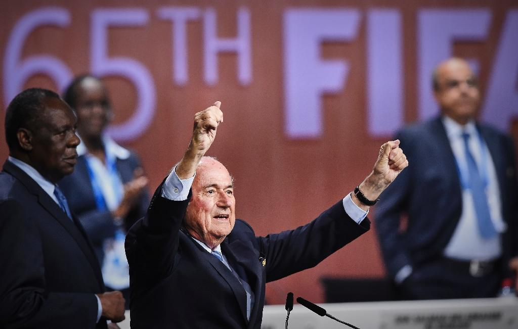 2022 World Cup stays at 32 teams - Blatter