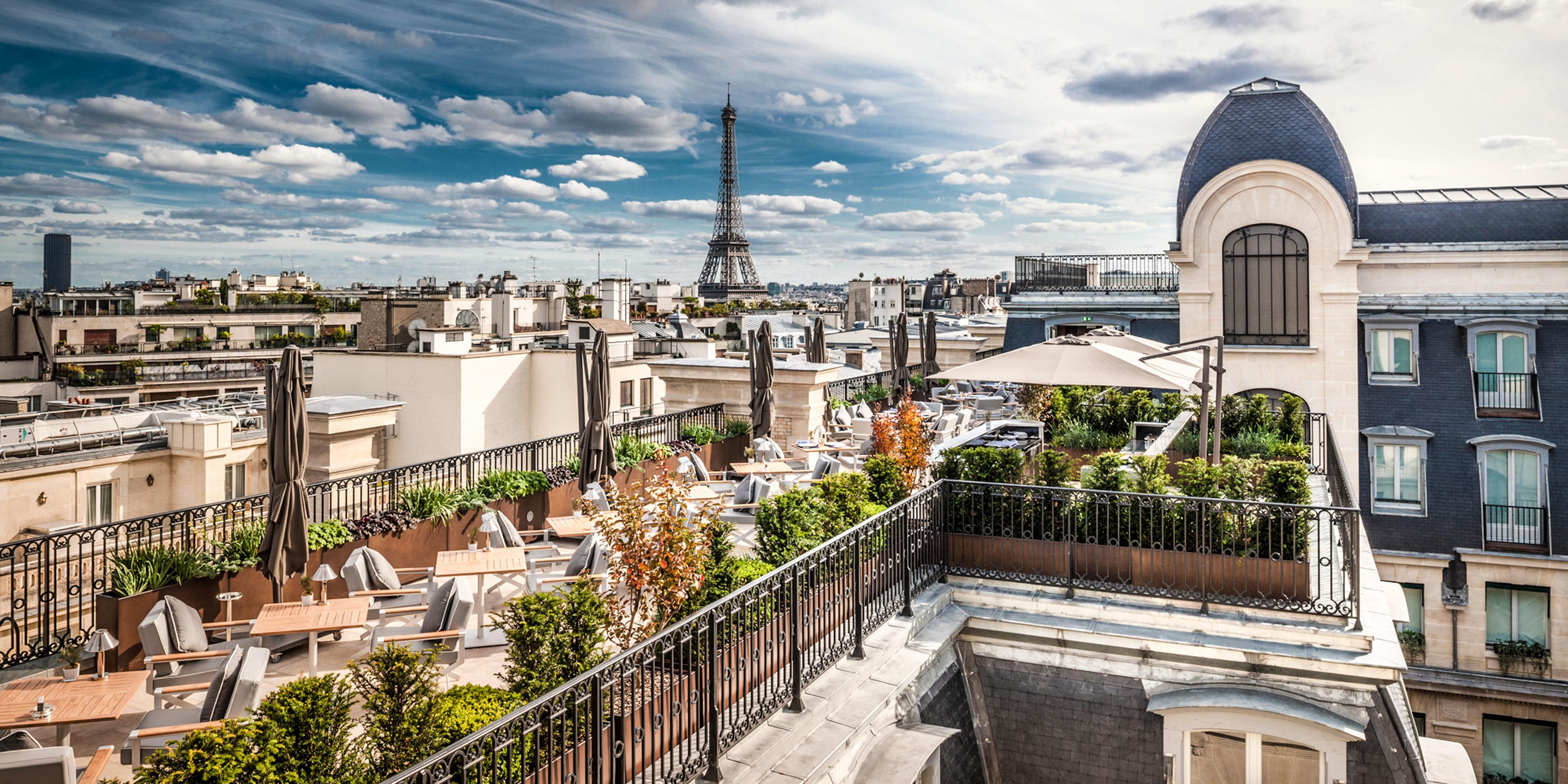 Why You Should Travel to Paris Now