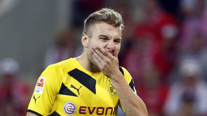 Borussia Dortmund's Immobile reacts during the German first division Bundesliga soccer match against FSV Mainz 05 in Mainz