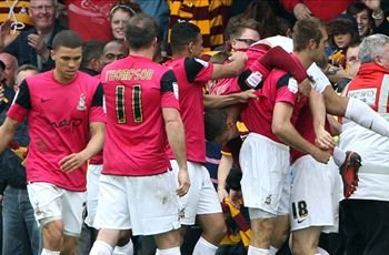 Burton Albion 1-3 Bradford (Agg 4-5): Bantams book League Two play-off final place