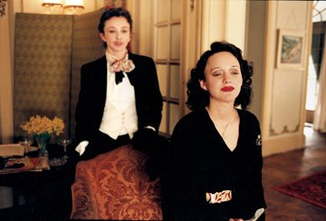 Marion Cotillard and Sylvie Testud in Picturehouse's La Vie en Rose