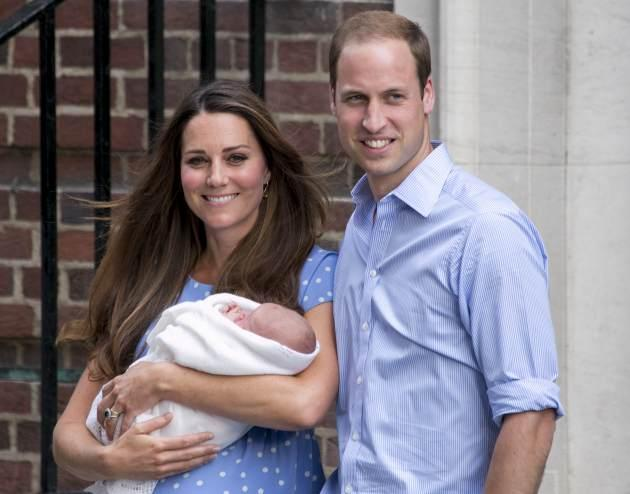 Prince William, Duke of Cambridge and Catherine, Duchess of Cambridge with their newborn son depart the Lindo Wing of St Mary's Hospital on July 23, 2013 in London -- Getty Images