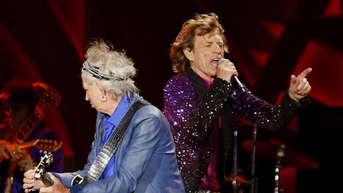 """British veteran rockers Mick Jagger and Keith Richards of The Rolling Stones perform as they open their North American """"Zip Code"""" tour in San Diego"""