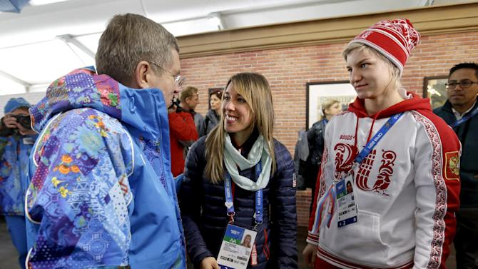 Bach slams politicians over Sochi Olympics