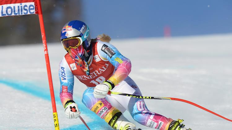 USA's Lindsey Vonn races during the first training run for the Women's World Cup downhill skiing competition in Lake Louise, Alberta, Wednesday, Dec. 4, 2013. (AP Photo/The Canadian Press, Jonathan Hayward)
