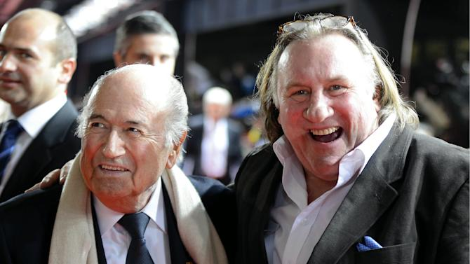 Depardieu skips drunk driving hearing in France