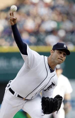 Kinsler, Tigers snap skid with 7-2 win over Texas
