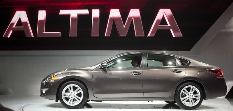 Nissan expands North America hood latch recall to 878,000 Altima sedans