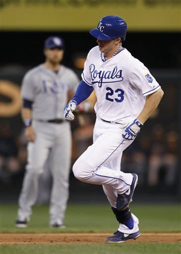 Royals rally from 5-run hole to beat Rays 9-8