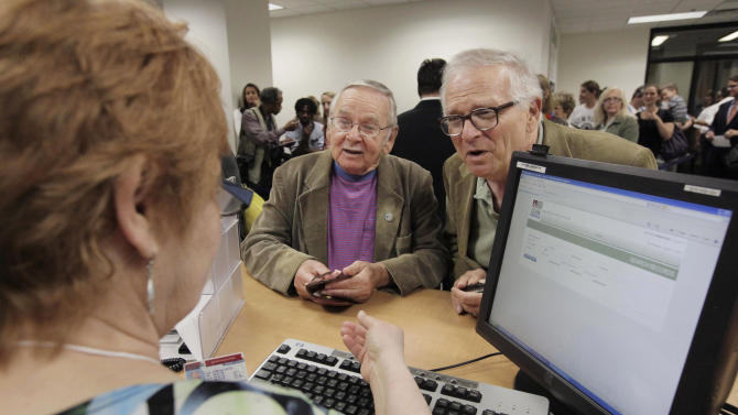 Couples seek ruling in Illinois gay marriage case