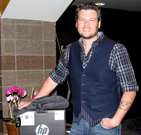Blake Shelton Picks Up Swag for Wife Miranda Lambert