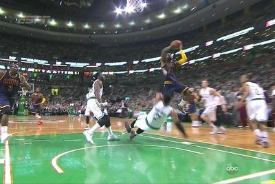 LeBron James steamrolls Jared Sullinger, lays in buzzer beater