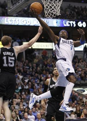 Terry scores 34, Mavs beat Spurs 101-100 in OT