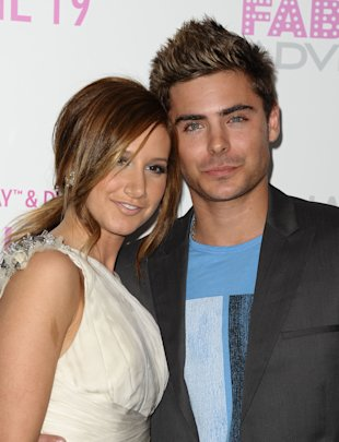 Ashley Tisdale - Zac Efron