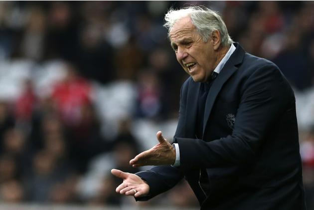 Lille's coach Girard reacts during their French Ligue 1 soccer match against Nantes in Villeneuve d'Ascq