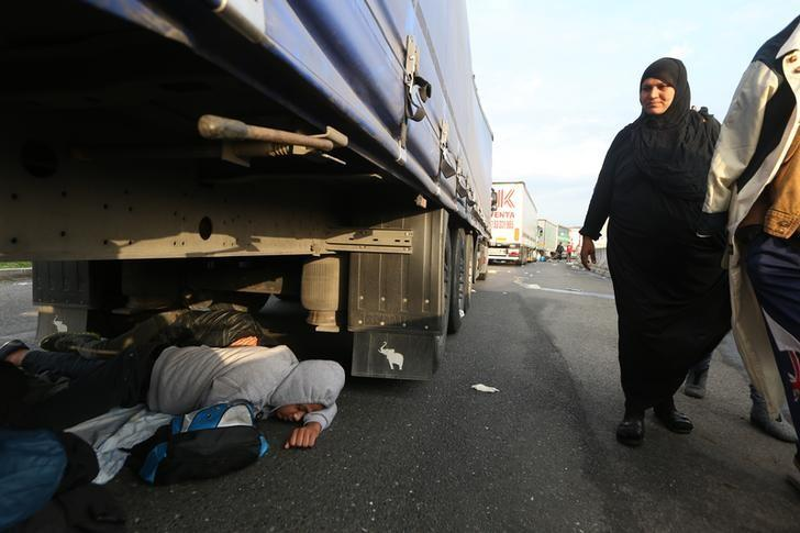 """Who will pay for that?"" - Migrants clog east Europe trade routes"