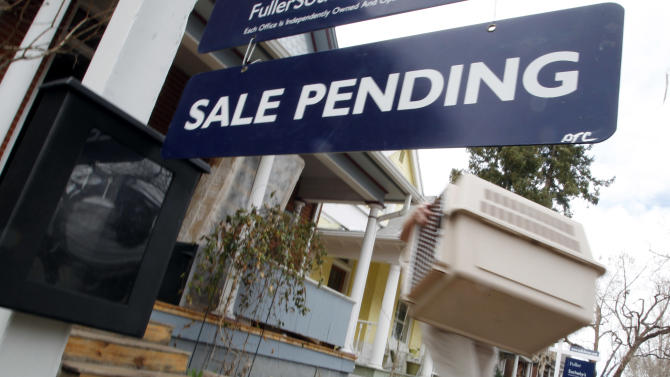 Sales contracts for US homes dropped in April
