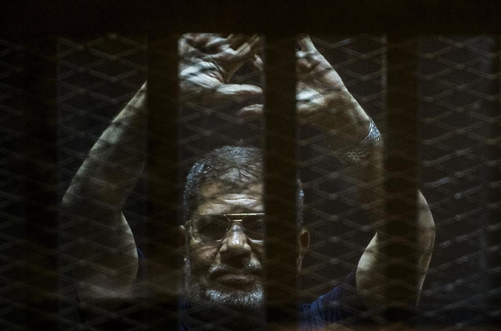 Egypt postpones final ruling on Morsi death sentence