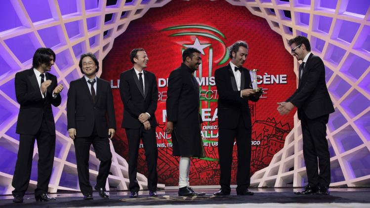 "The Italian director Andrea Pallaoro receives the Prize of Movie Directing for the movie ""Medeas"" from the Jury of the 13th edition of the International Film Festival in Marrakech"