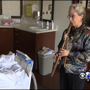 Hospital Offers Musical Therapy For Cancer Patients