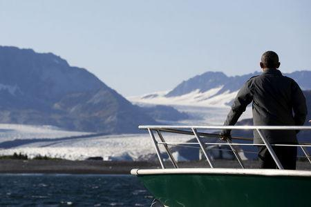 Obama visits Arctic community to discuss Native issues