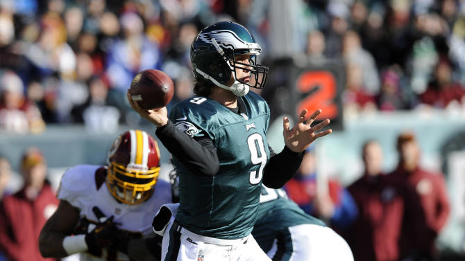 Philadelphia Eagles' Nick Foles (9) passes in the first half of an NFL football game against the Washington Redskins, Sunday, Dec. 23, 2012, in Philadelphia. (AP Photo/Michael Perez)