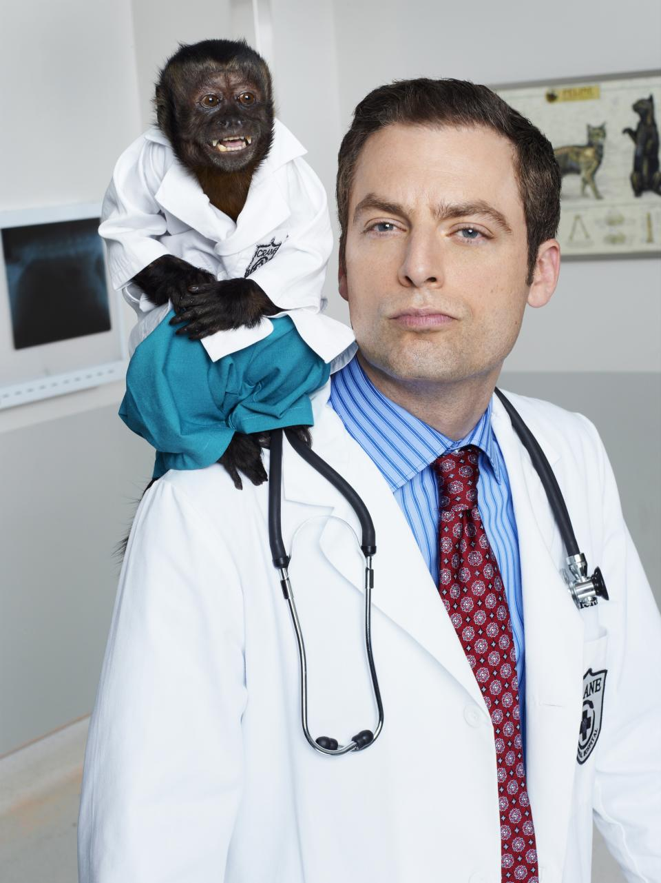 "This image released by NBC shows Crystal as Dr. Zaius, Justin Kirk as Dr. George Coleman -from the NBC comedy ""Animal Practice,"" premiering Sept. 26 at 8 p.m. EST. (AP Photo/NBC, Chris Haston)"