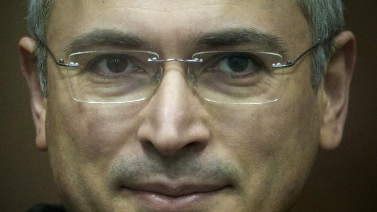 Putin to pardon jailed tycoon Khodorkovsky